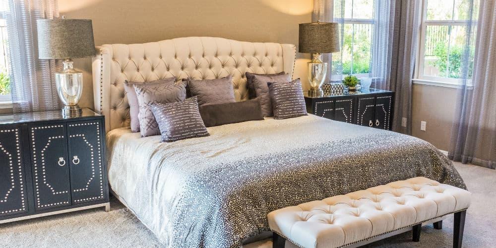 Indret dit soveværelse med en smuk kontinentalseng